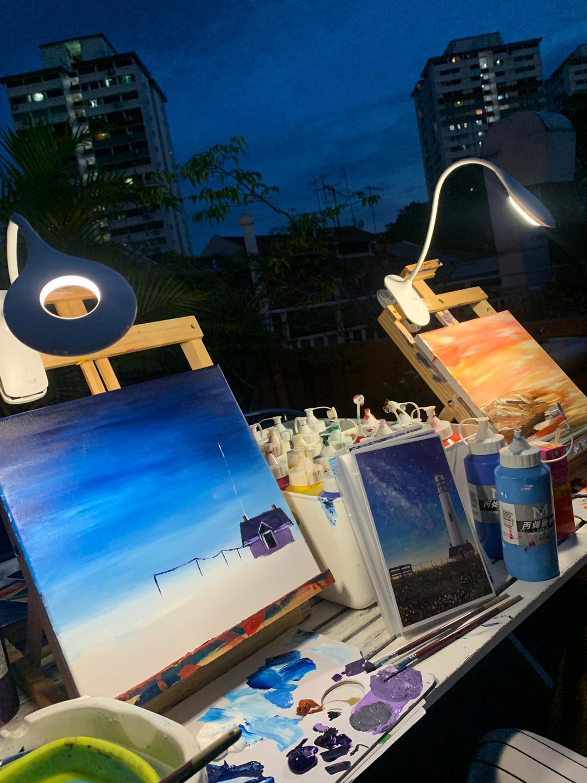 art jamming at night